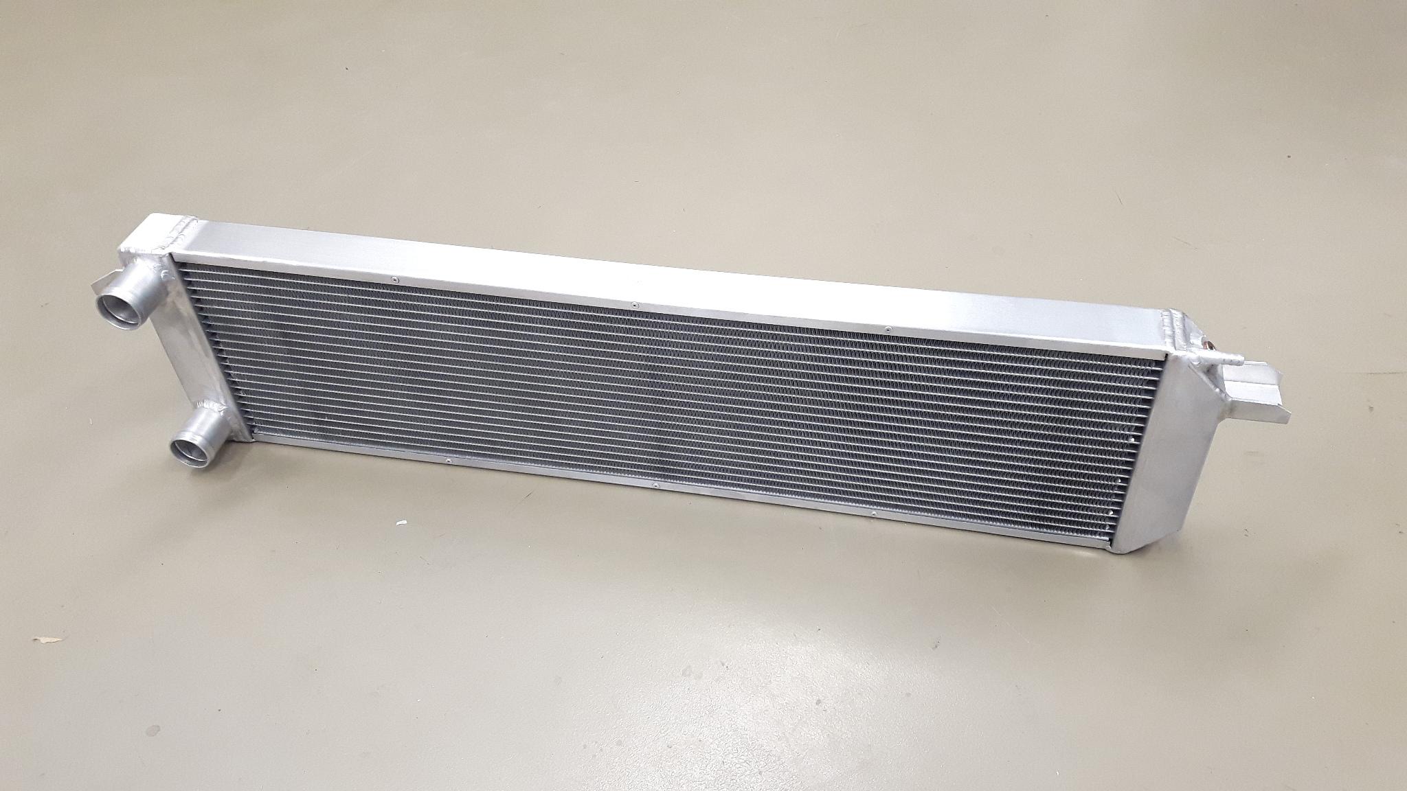 VW Golf VR6 aluminium high performance radiateur.-0