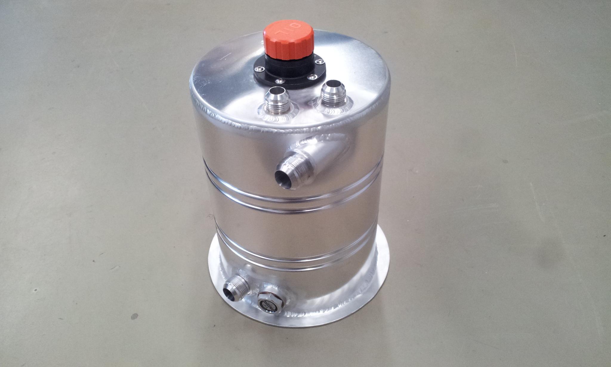 Dry-sump tank 8,5 liter speciaal - R - Dash 16-0