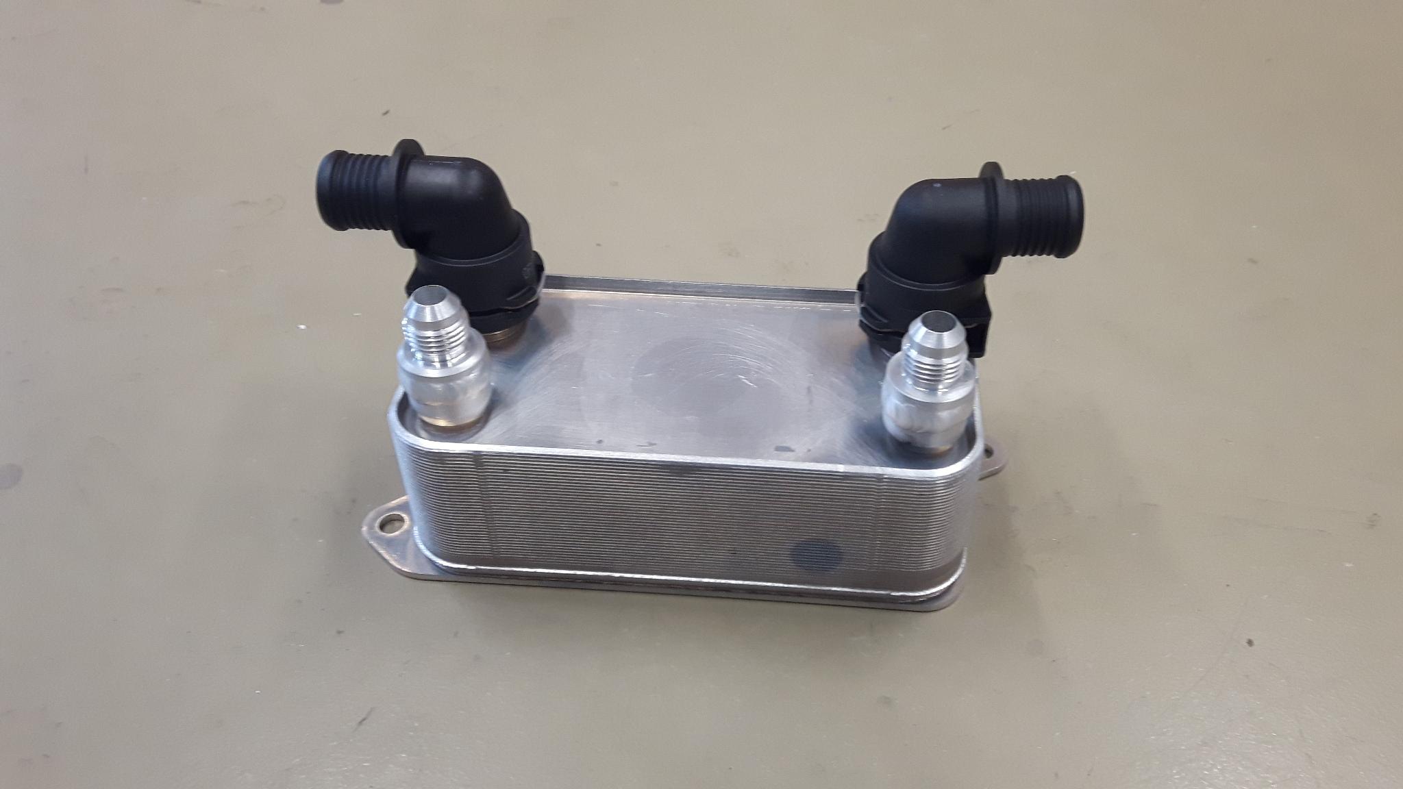 Oliekoeler stuurbekrachtiging / warmtewisselaar D6-0