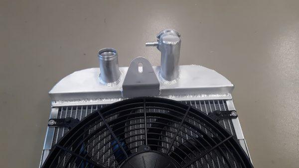 Radiateur speciaal Morgan Sportscar incl ventilator.-1461