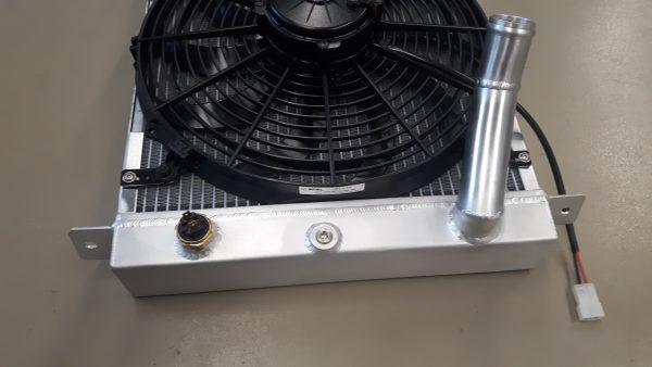 Radiateur speciaal Morgan Sportscar incl ventilator.-1465