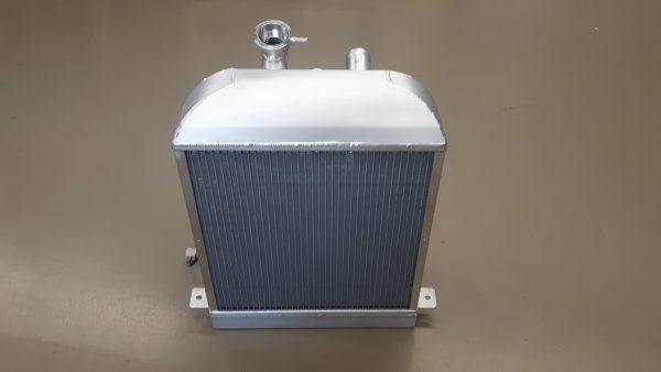 Radiateur speciaal Morgan Sportscar incl ventilator.-1460