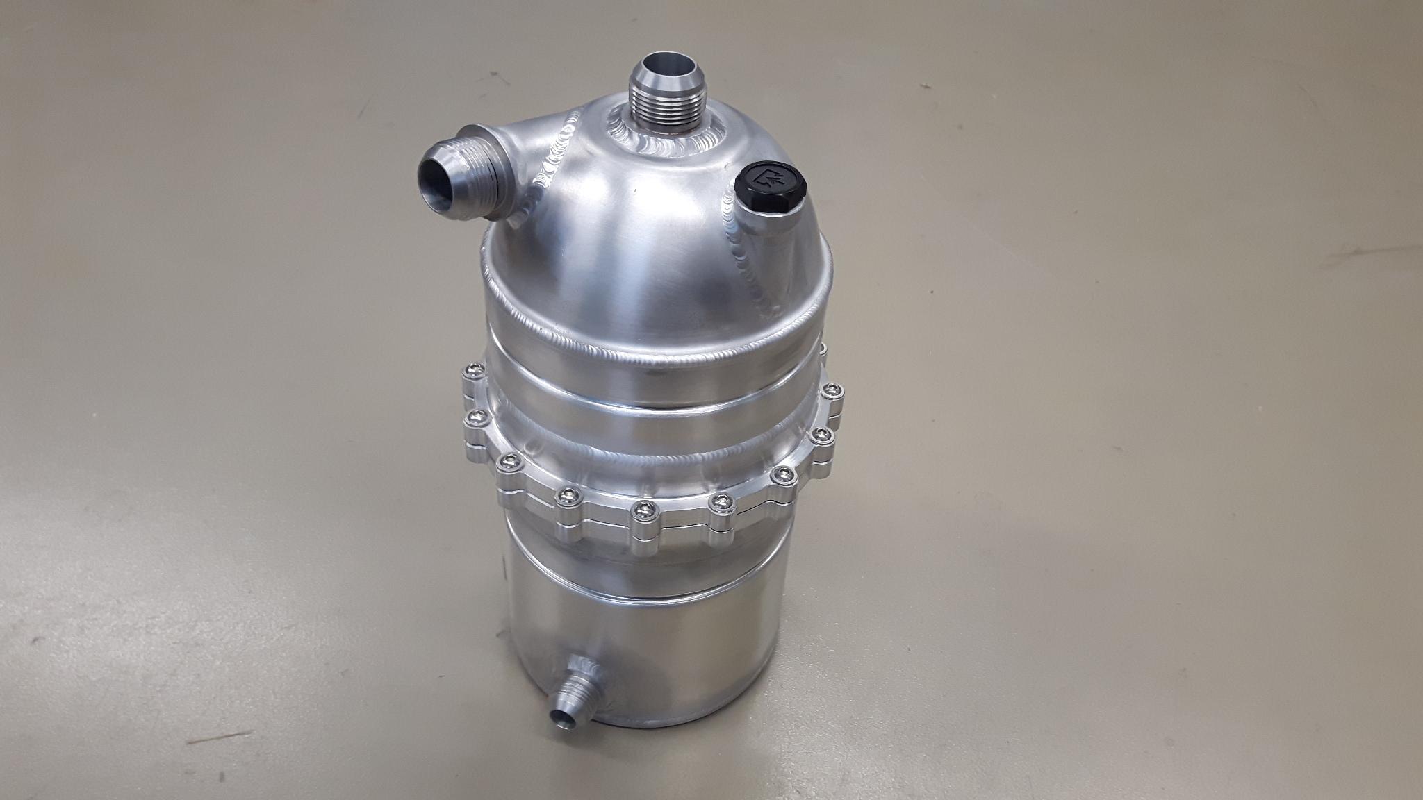 Dry-sump tank 4,5 liter demontabel - Dash 16 / 12-0