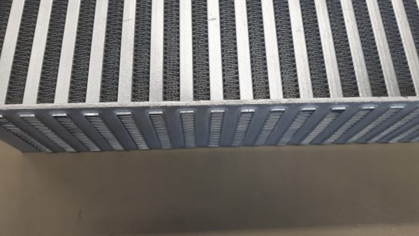 PWR intercooler blokken - lichtgewicht - interne turbulator - fin hoogte 8,1 mm-1718