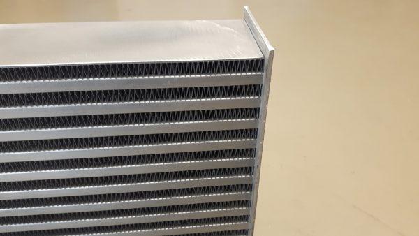 PWR intercooler blokken - lichtgewicht - interne turbulator - fin hoogte 8,1 mm-1720
